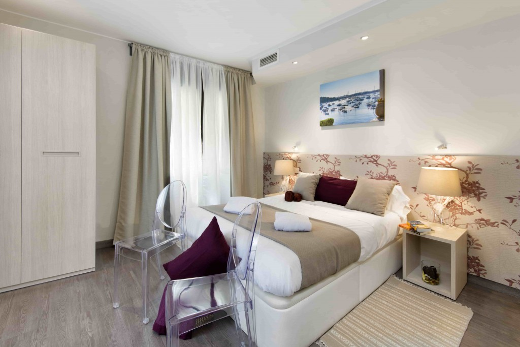 4 Bedroom Penthouse Apartments for rent in Barcelona.