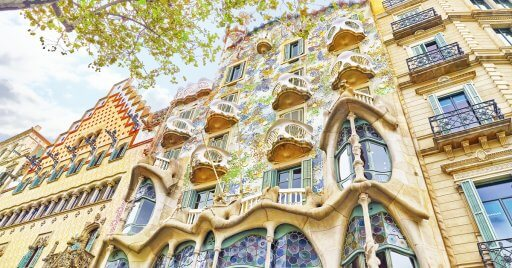 3 reasons why you should choose a luxury apartment for your Barcelona trip